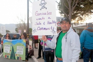 Demonstrators in Gonzales (Credit: Greeenaction for Health and Environmental Justice)